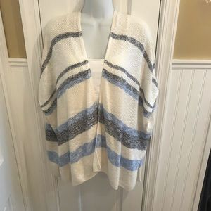 Open sleeveless cardigan